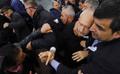 Şehit cenazesinde Kılıçdaroğlu'na linç girişimi