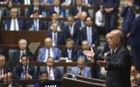 Kulis: AKP, bazı il başkanlarını istifa ettirecek