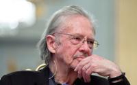 Soykırım destekçisi yazar Peter Handke Nobel Ödülü'nü aldı