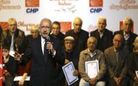 Kılıçdaroğlu, Maltepe'de tapu dağıttı