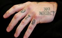 Akit yazarı dövmeli sporcuya karşı çıktı