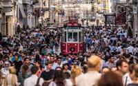İstanbul, 4-5 kişiden fazlasının oturup bir yerde yemek yemesine uygun değil