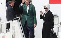 Hürriyet yazarı: Emine Erdoğan çakma ürün kullanıyor!