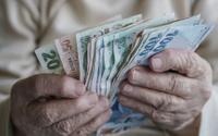 Emeklilere kötü haber: 10 yıl zam gelmeyebilir!