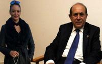 Burhan Kuzu Hanım Ağayı Mecliste ağırlamış