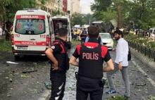 İstanbul'da polis otobüsüne bombalı saldırı