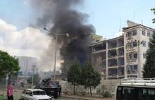 Mardin'de Emniyet'e bombalı araçla saldırıdan görüntüler