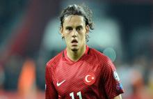 Ünlü futbolcu 14 milyon Euro'ya transfer oldu