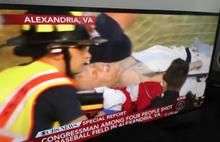 ABD şokta..Kongre üyesine silahlı saldırı