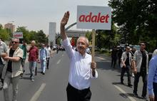 Kılıçdaroğlu'nun yürüyüşü Dünya gündeminde