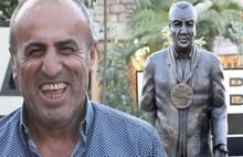Fatih Terim'le tartışmaya  heykel sürprizi