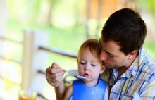 Boşanmış babaya çocuğuyla görüşme sınırı
