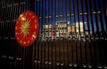 Bin 954 gazetecinin basın kartı iptal edildi