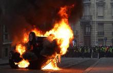 Fransa'daki gösterilerde ağır bilanço