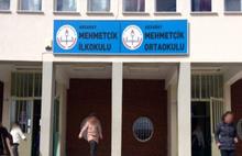 Skandal yaşatan okul müdürü açığa alındı