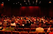 Bilim insanları açıkladı: Tiyatroya gitmek ömrü uzatıyor