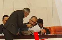 CHP'li Vekil, Belediyede yolsuzluk iddiaları var dedi, Adalet Bakanı'na tutanak verdi