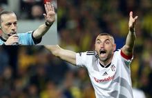 Burak Yılmaz maç sonunda patladı: Cüneyt Çakır'ı çağırın!