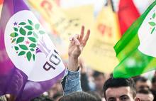 HDP'nin 3 ilçe belediye başkanı ve eş başkanları gözaltında