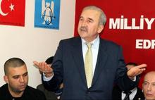 Edremit'in eski MHP'li Belediye Başkanı Kılıç hakkında yakalama kararı
