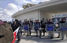 Lösemili çocuklara polis engeli