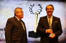 Kadir İnanır'a Ankara'dan Onur ödülü