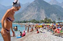 Antalya'ya Rus turist yağdı