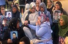 Hakan'dan Bakan Selçuk'un annelere ziyaretine tepki