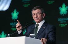 Ahmet Davutoğlu: Tayyip Bey'i Taksim'e götürmek için çok uğraştım