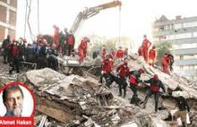 Ahmet Hakan sordu:Neden İzmir'de değiller?