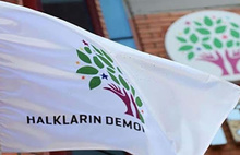 Vatandaşa yardım paketi dağıtan HDP'lilere gözaltı