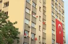 19 Mayıs saat 19:19'da milyonlar balkonlara çıktı!