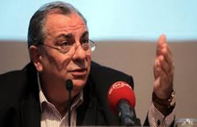 Türkeş'den MHP'ye: Herkes Delisini Zaptetsin