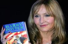 Harry Potter'ın Yazarı da Koca Şiddeti Kurbanı Olmuş
