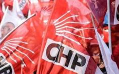 İki isim  CHP'den ihraç edildi