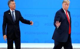 Trump sahnede Macri'yi tek başına bırakıp gitti