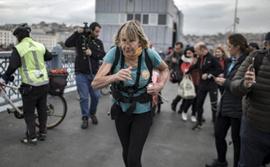 Çocuklara yardım için İngiltere'den yola çıktı, koşarak 1 yılda İstanbul'a vardı!