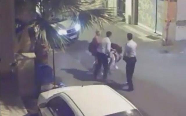 Tacize uğrayan kadınlara polisten dayak