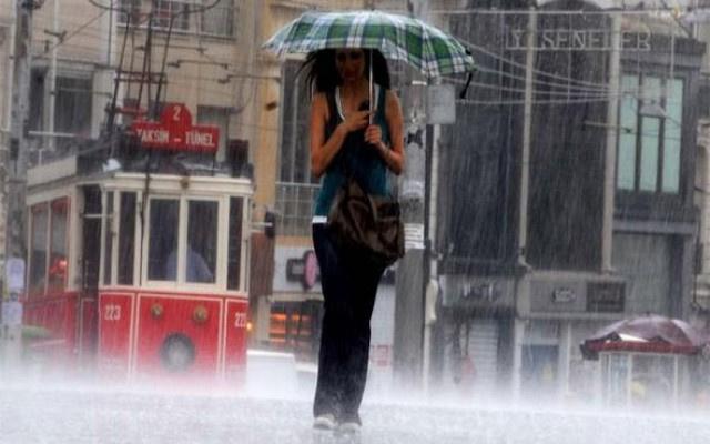 İstanbulluları ferahlatan yağmur haberi