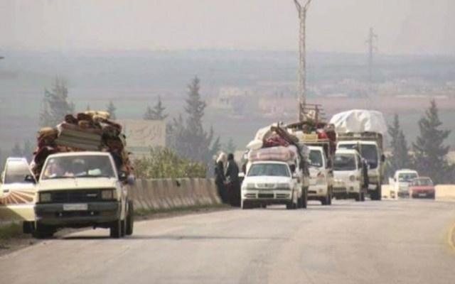 Yüz binlerce Suriyeli Türkiye'ye geliyor