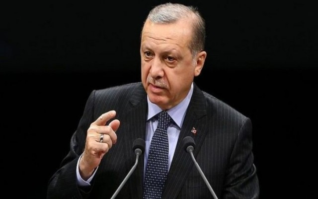Erdoğan isim vermeden Gül'e yüklendi
