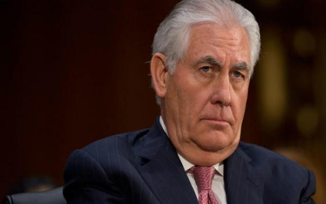 Trump en kritik bakanı Tillerson'u kovdu