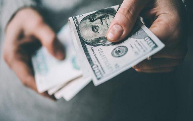 Dolarla maaş dönemi bitiyor mu?
