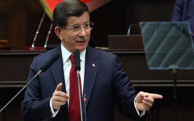Ahmet Davutoğlu açıkladı: Yeni parti programı yazılıyor