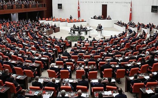 Meclis'te işgalci benzetmesi gerilim yarattı