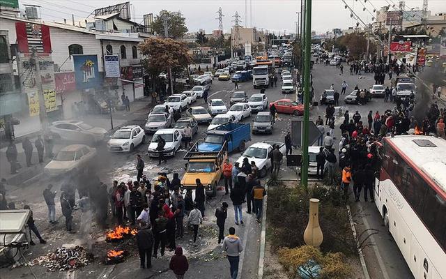 İran'daki protestolarda ölü sayısı 208'e yükseldi