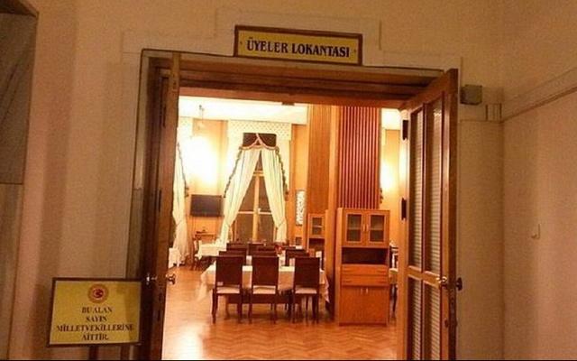Meclis'te 8 milyon liraya sekizinci lokanta açılıyor