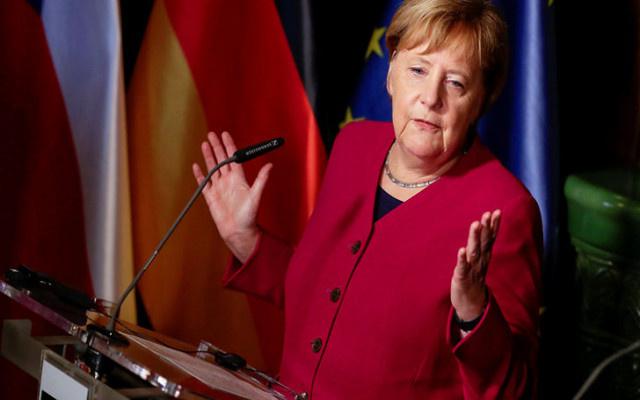 Merkel'den önemii Türkiye açıklaması