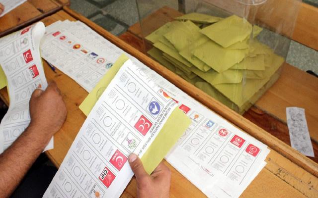 Gülerce: YSK'nın kararı ne olursa olsun Türkiye'yi siyasi kaos bekliyor