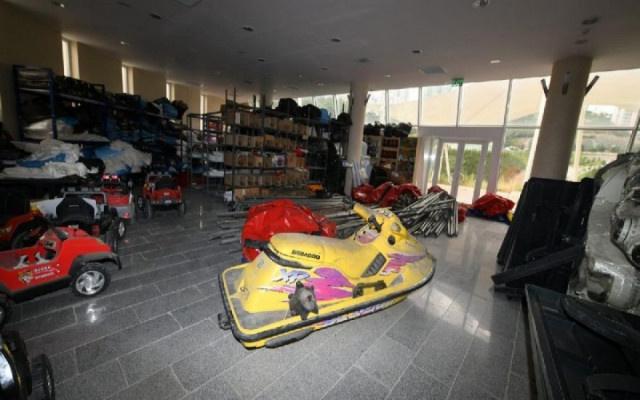Ankara'da Belediye deposundan Jet ski çıktı